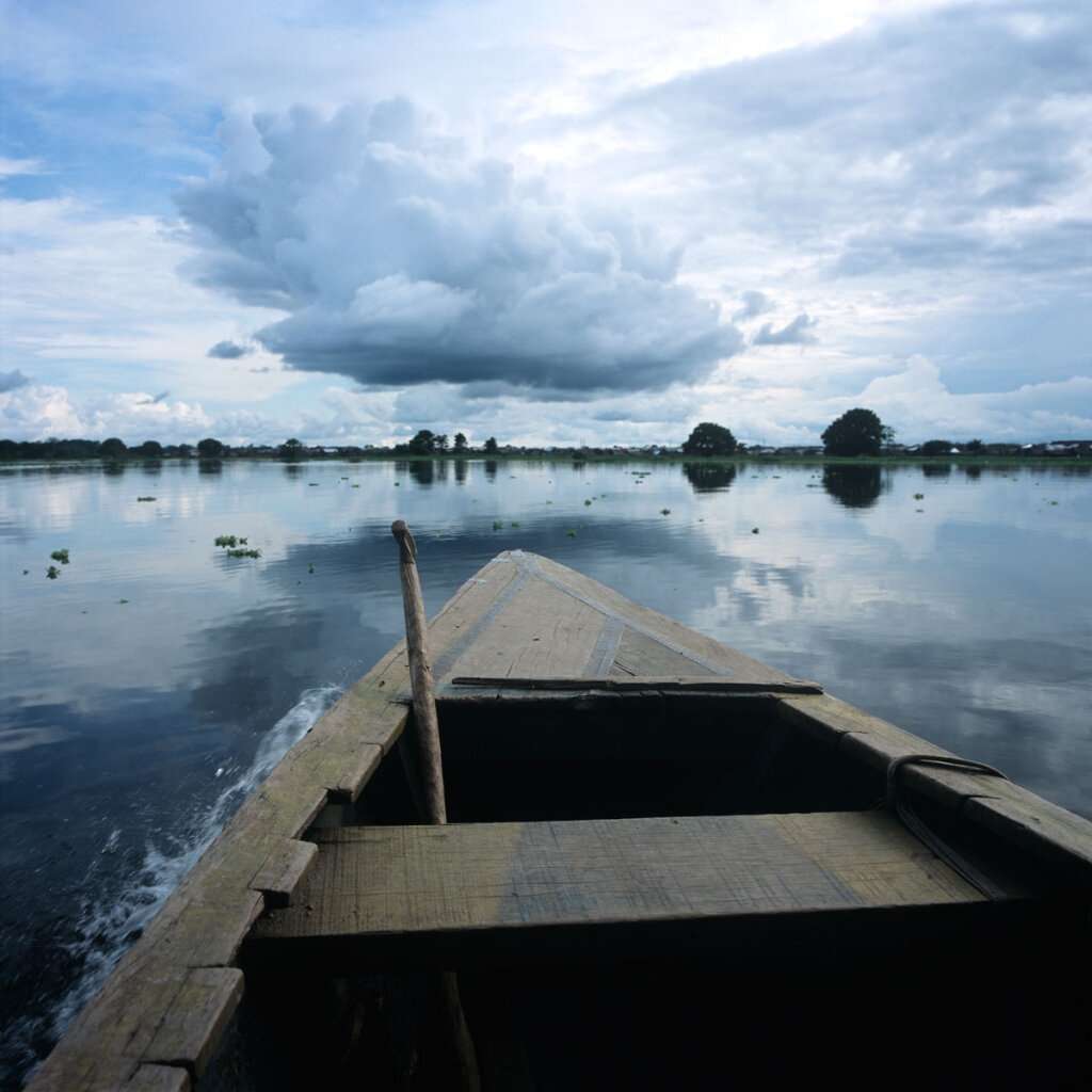 Commuting on the Amazon