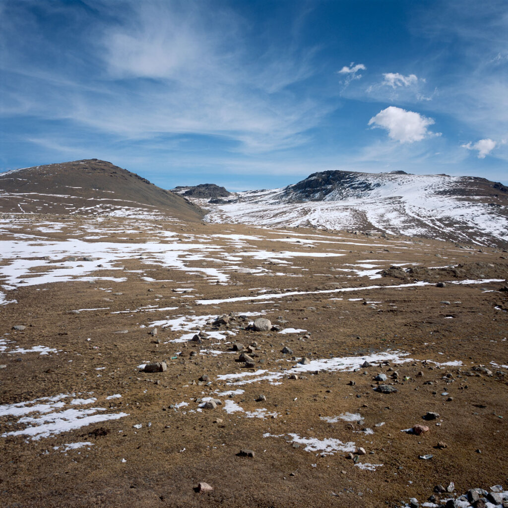 Ötmök Pass with traces of snow