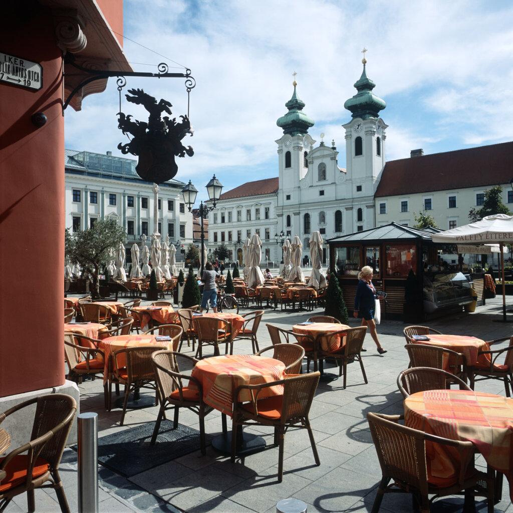 Széchenyi Square