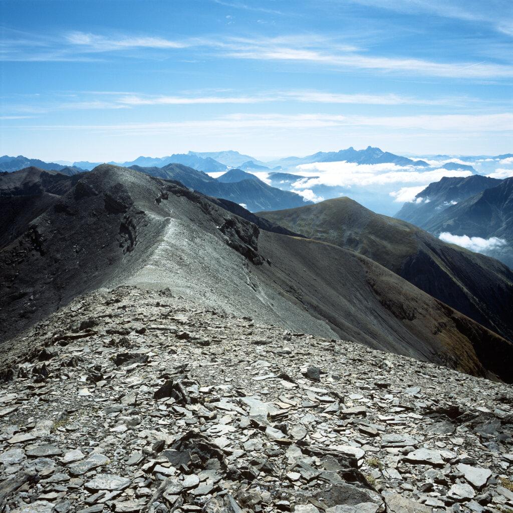 Crête des Rochers de Terre Rouge vue depuis le Pic de Col d'Ornon