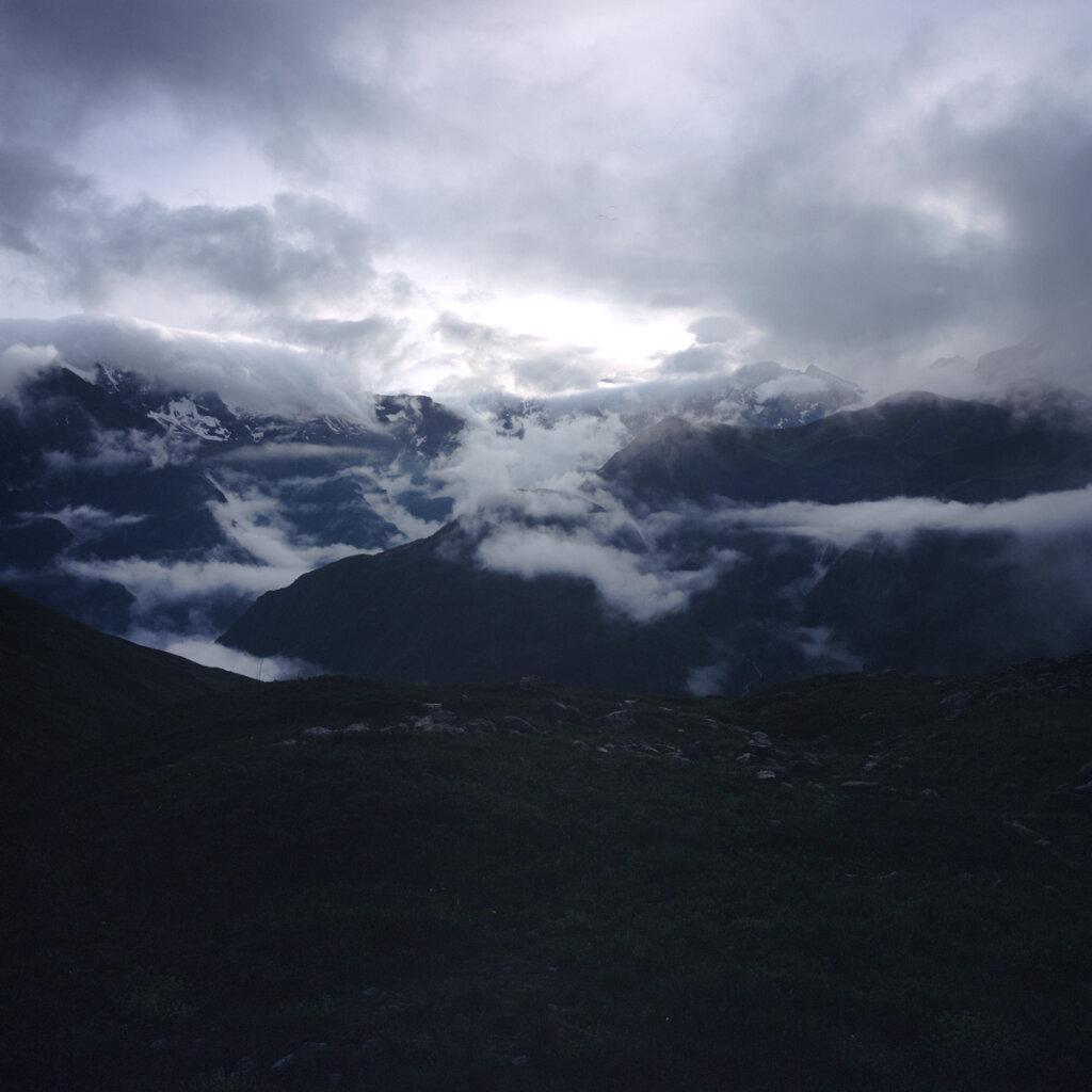 Petit matin sous le Col de la Béranne